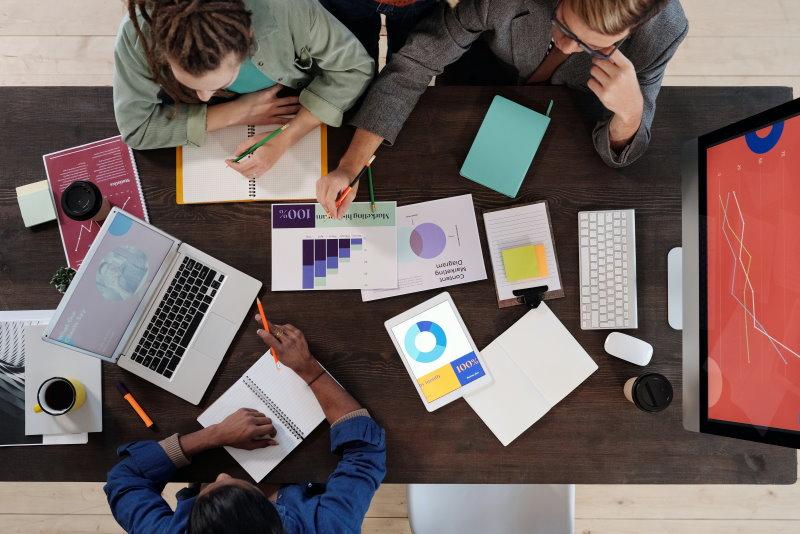 Opiniones sobre la oportunidad de negocio que supone la digitalización para las emrpesas